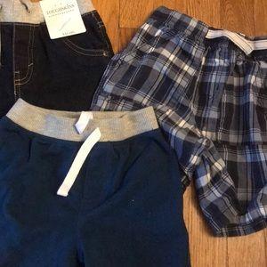 Children's Place Bottoms - Boys 4T Children's Place Shorts Bundle